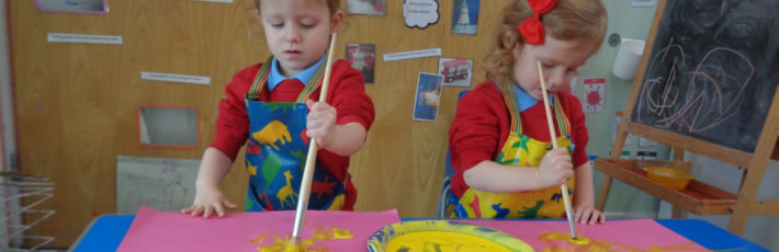 Tots R Us | Children Painting